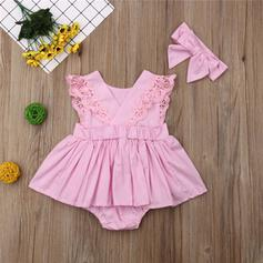 2-pieces Baby Girl Ruffle Solid Lace Cotton Set