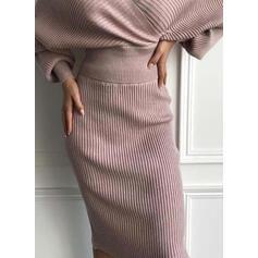 Einfarbig Lange Ärmel Figurbetont Knielang Kleine Schwarze/Elegant Pullover Kleider