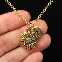 Charming Pretty Artistic Romantic Alloy With Flowers Metal Letter Décor Women's Necklaces