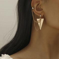 Schickes Dreieck Bügeleisen Frauen Ohrringe 1 PC