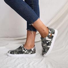 Women's Denim Flat Heel Flats Low Top Round Toe Slip On With Rivet shoes