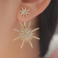 Unique Shining Alloy Rhinestones Women's Ladies' Fashion Earrings (Sold in a single piece)