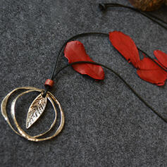Vintage Classic Alloy With Leaf Women's Men's Necklaces