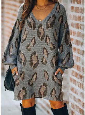 Leopard V-Ausschnitt Freizeit Lang Pulloverkleid