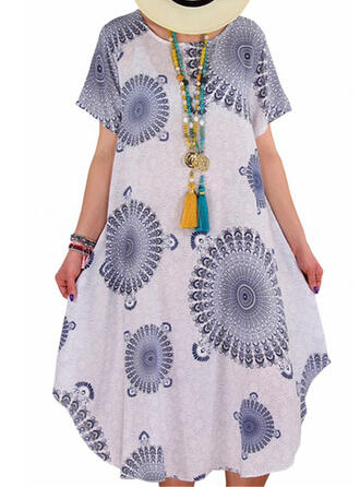 Plus Size Print Short Sleeves Shift Midi Casual Dress