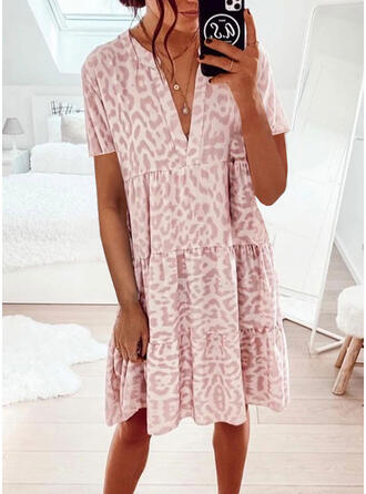 Print/Leopard Short Sleeves Shift Knee Length Casual Tunic Dresses