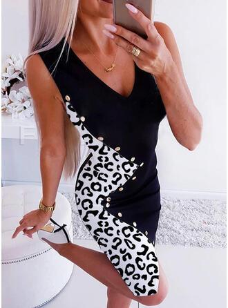 Leopard Ärmellos Figurbetont Knielang Freizeit Kleider