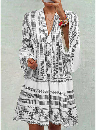 Print Long Sleeves/Flare Sleeves Shift Knee Length Casual/Boho/Vacation Tunic Dresses