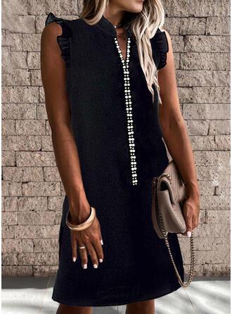 Solid/Beaded Sleeveless Shift Above Knee Little Black/Casual Dresses