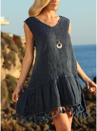 Solid/Tassel Sleeveless Shift Above Knee Vacation Tunic Dresses
