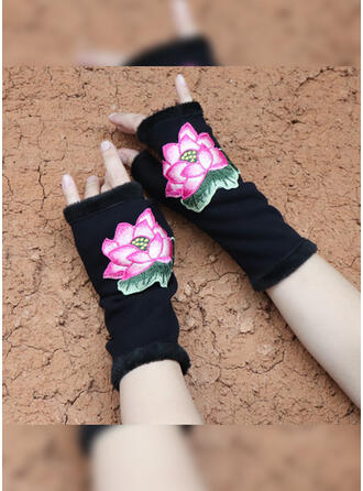 Geometric Print/Graphic Prints Sky Print/Skin-Friendly Gloves