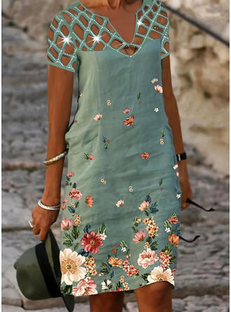 Print/Sequins/Floral Short Sleeves Shift Knee Length Casual/Vacation Tunic Dresses